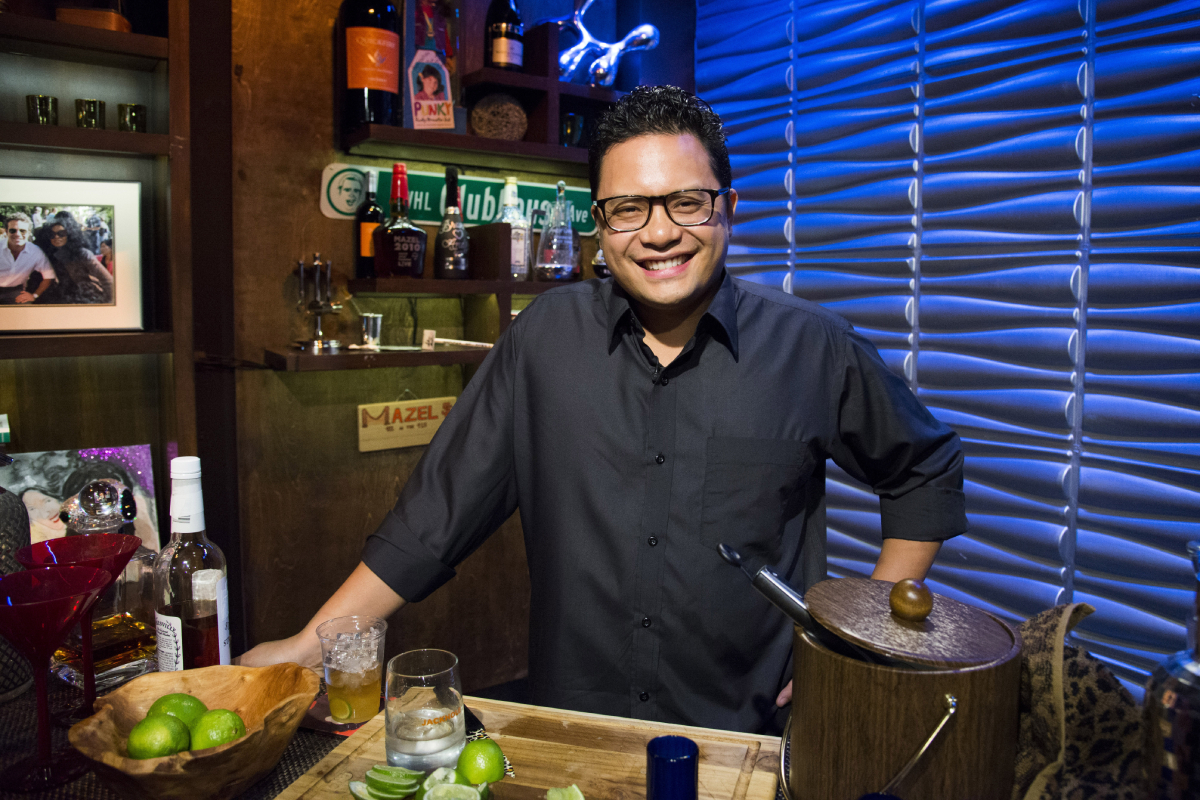 'Top Chef' star Dale Talde behind the bar on Bravo's 'WWHL' on January 16, 2013