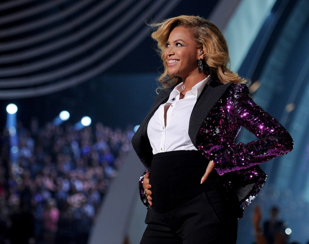 Beyoncé performs onstage at the 2011 MTV Video Music Awards on August 28, 2011