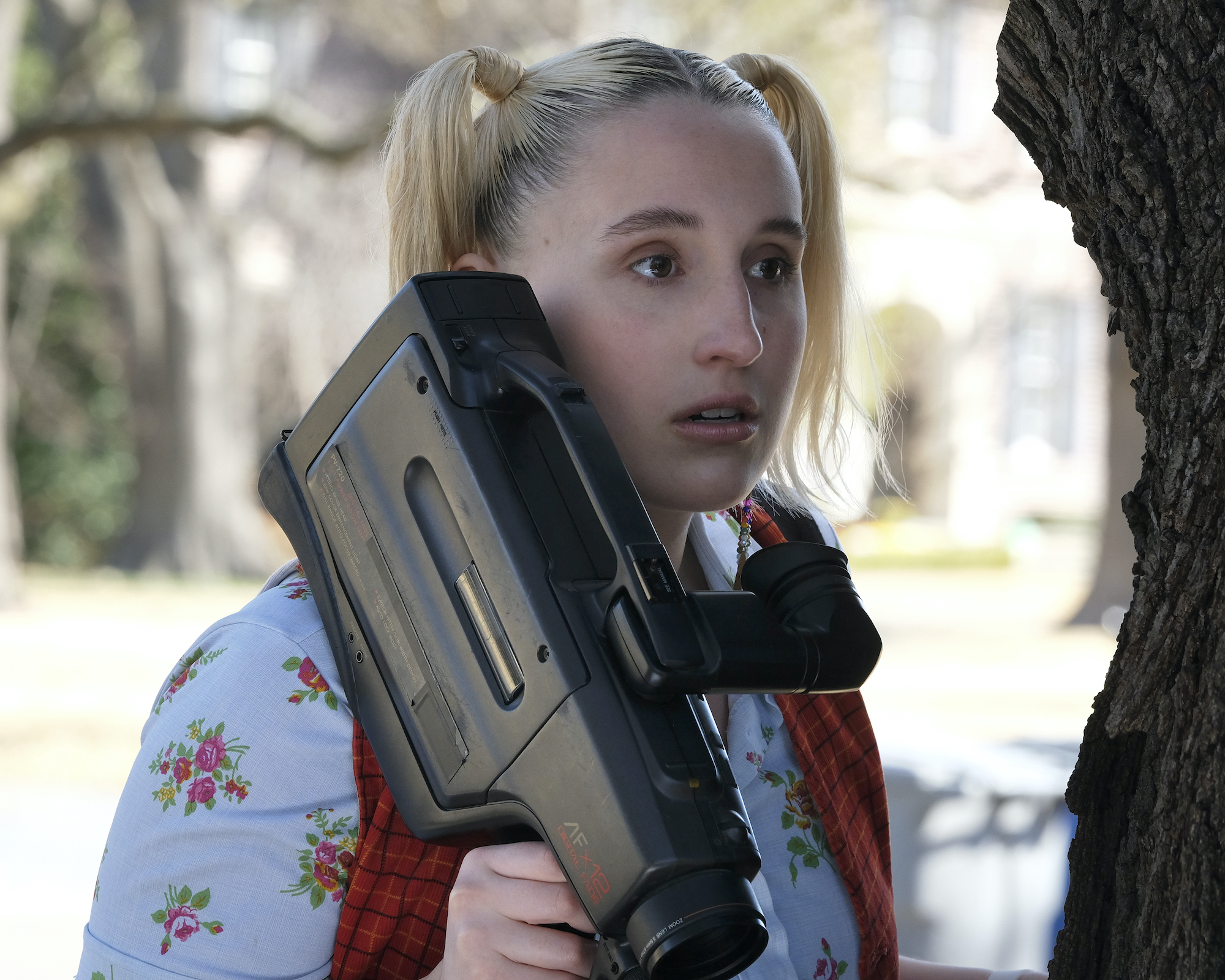 """CRUEL SUMMER, episode 8, """"Proof"""": Harley Quinn Smith as Mallory"""