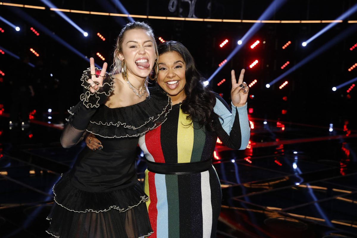 'The Voice' Season 13 contestant Brooke Simpson with coach Miley Cyrus