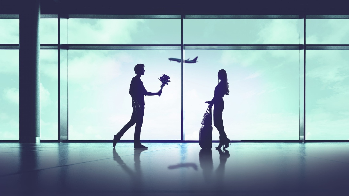 Silhouette of couple in airport for '90 Day FIancé UK'