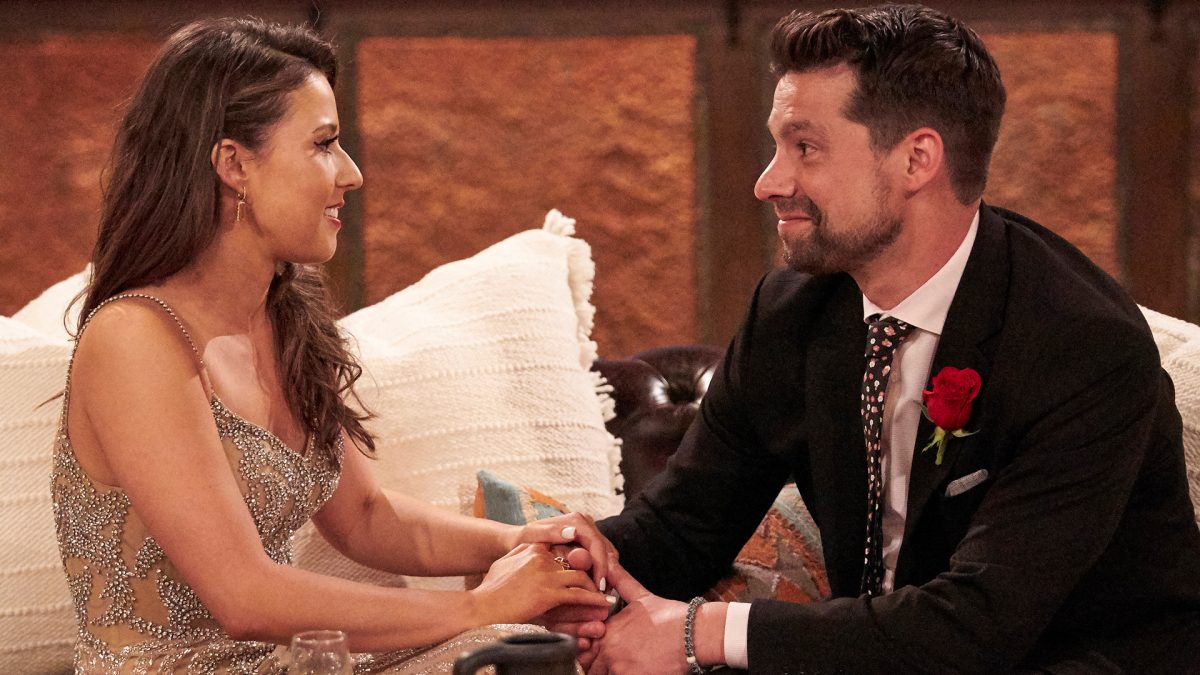 Katie Thurston and Michael Allio (Michael A.) sit down and talk together in 'The Bachelorette' Season 17 Week 4