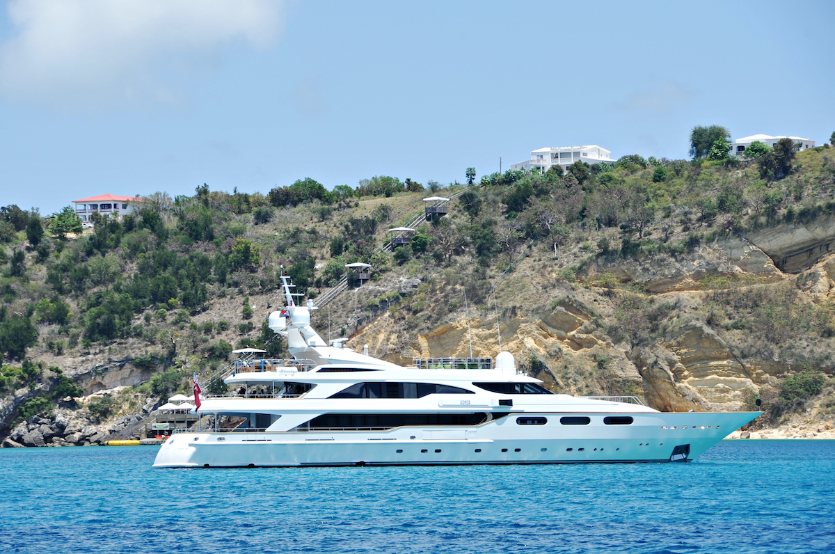 Below Deck Season 1 superyacht 'Honor'