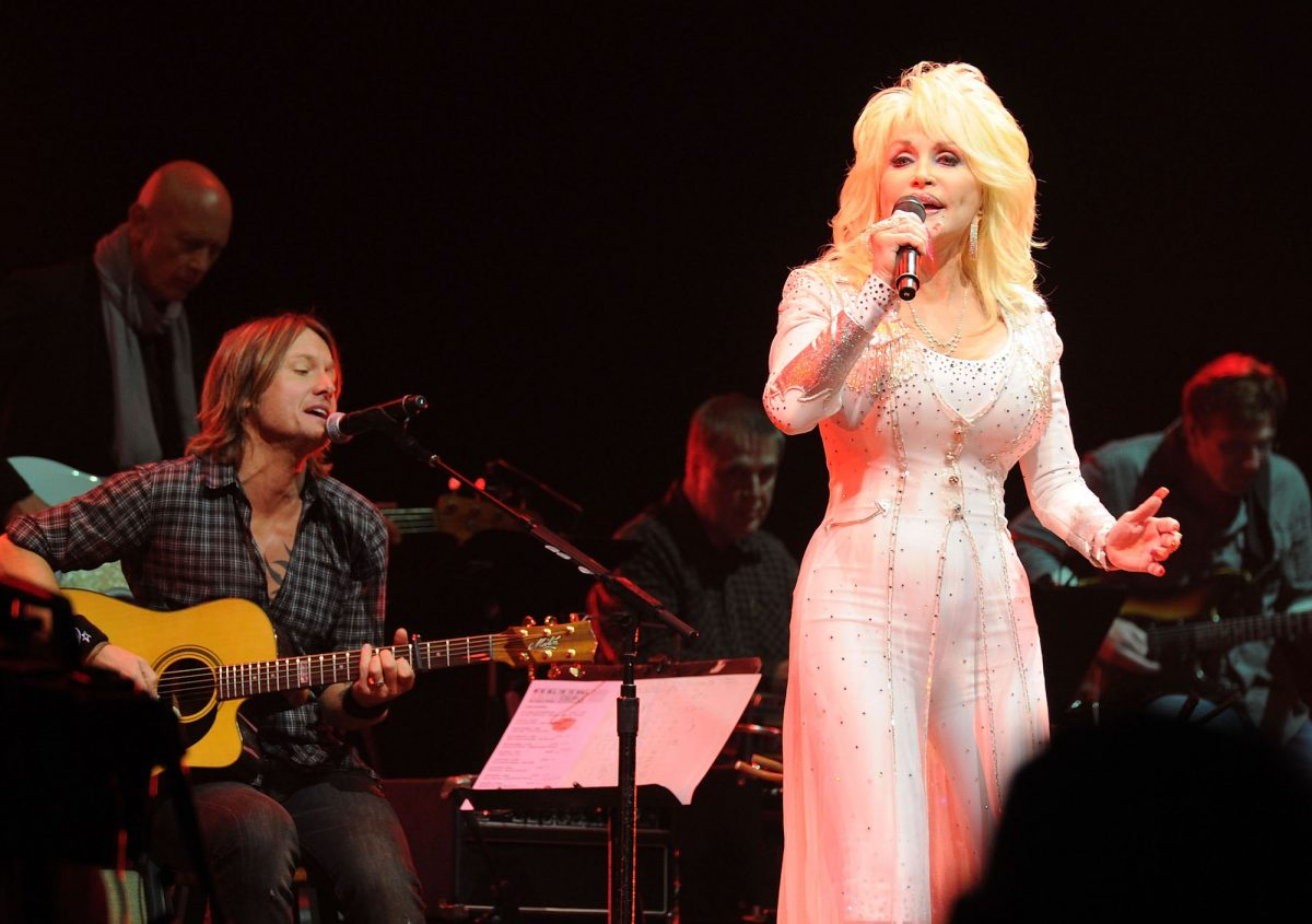 Keith Urban and Dolly Parton performing onstage at the 2010 We're All For The Hall benefit concert