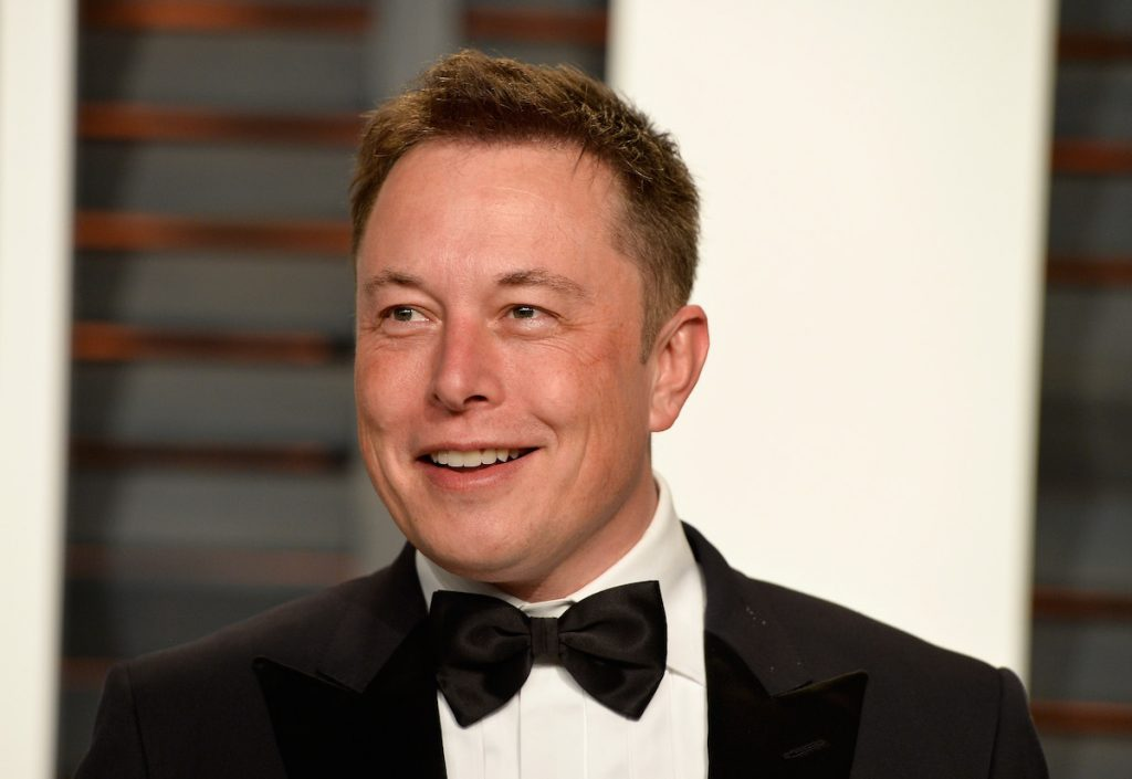 Elon Musk attends the 2015 Vanity Fair Oscar Party hosted by Graydon Carter at Wallis Annenberg Center for the Performing Arts on February 22, 2015 in Beverly Hills, California.