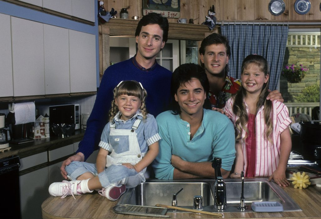 The 'Full House' cast smiling for the camera