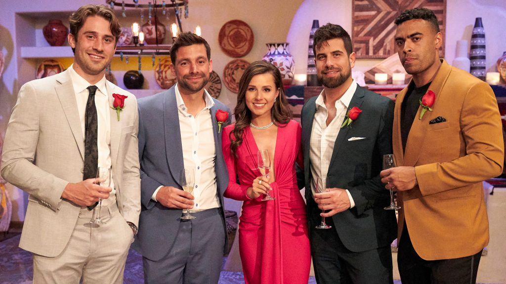 Greg Grippo, Michael Allio, Katie Thurston, Blake Moynes, and Justin Glaze pose together after the final four rose ceremony in 'The Bachelorette' Seasons 17 Week 7