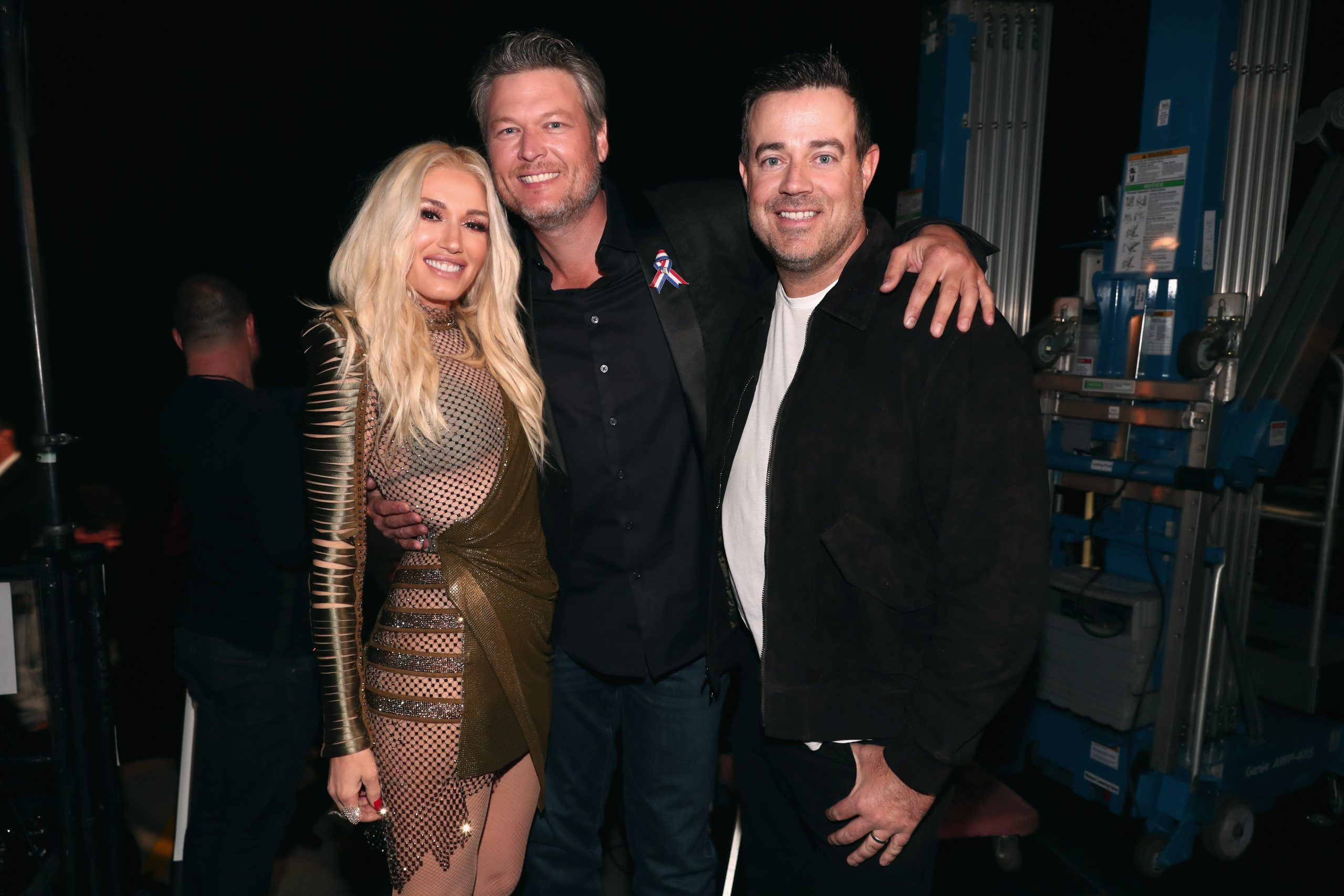 Gwen Stefani, Blake Shelton, and Carson Daly at the People's Choice Awards in 2018