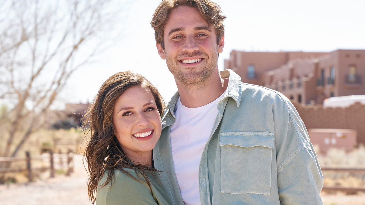 Katie Thurston and Greg Grippo pose together on their second one-on-one date in 'The Bachelorette' Season 17 Episode 7