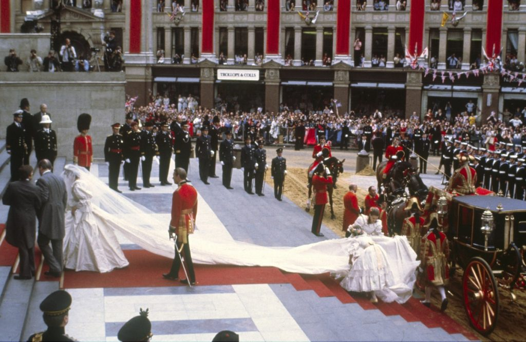 Lady Diana Spencer arriving with her father to St Paul's Cathedral for her royal wedding