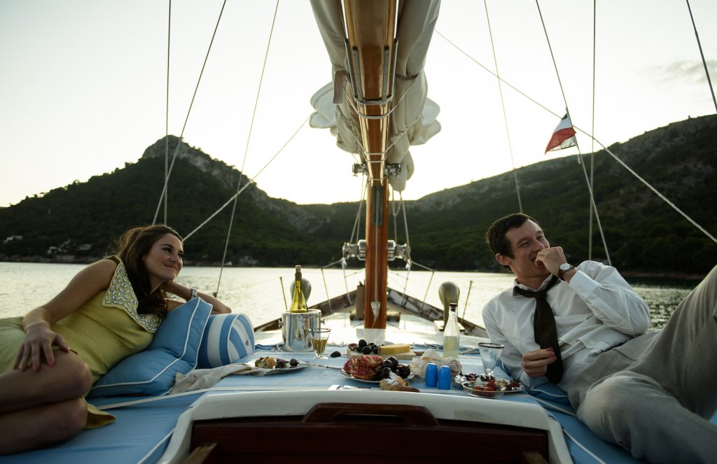Shailene Woodley and Callum Turner have lunch on a boat