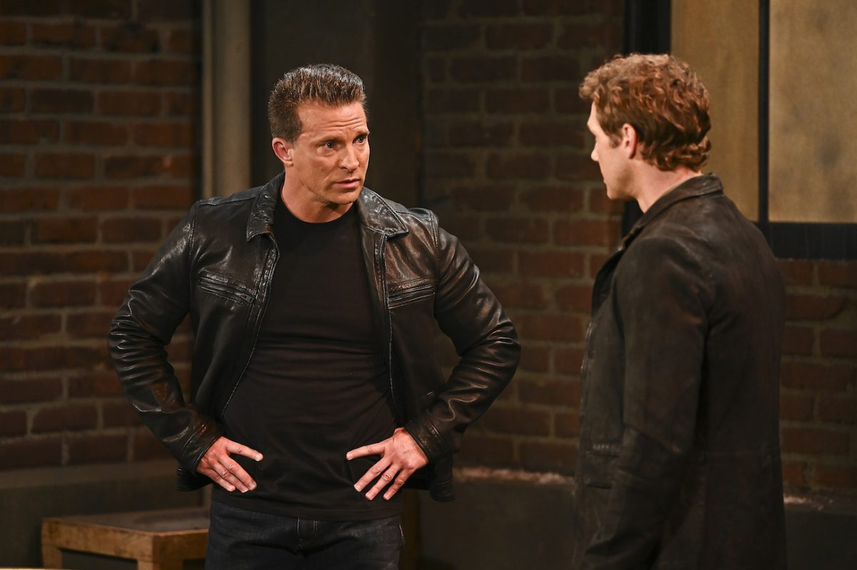 Steve Burton talking to another actor in a scene from 'General Hospital'