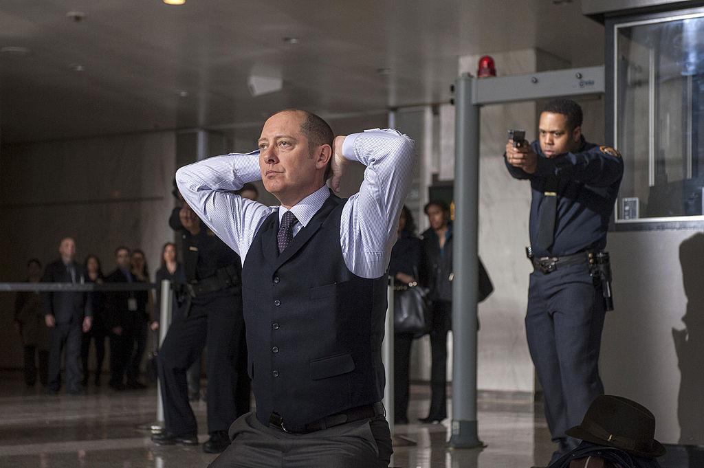 Raymond 'Red' Reddington turns himself in to the FBI.