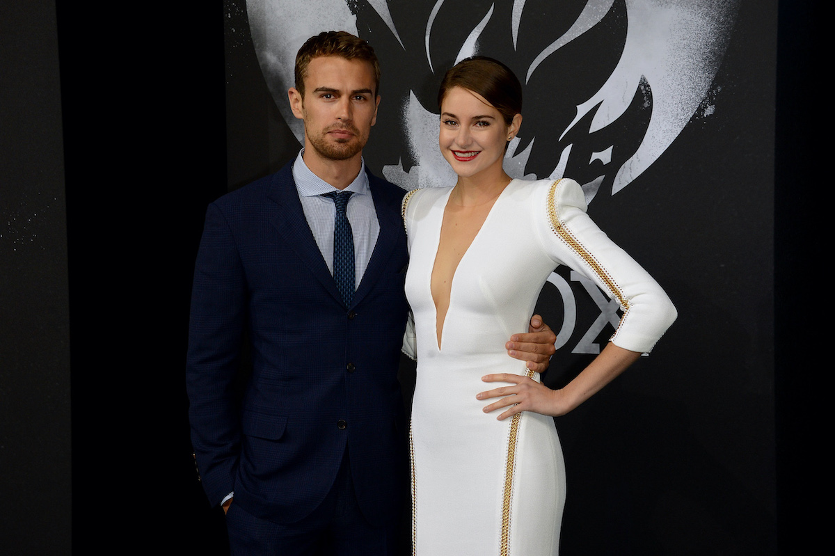 Theo James and Shailene Woodley attend a premiere for Di'vergent'