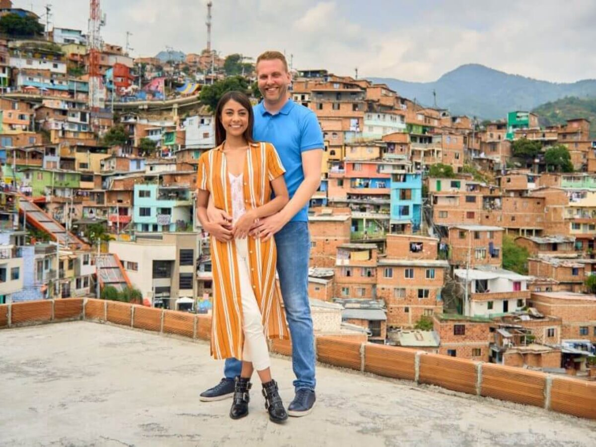 Tim holding Melyza in Colombia on '90 Day Fiancé: The Other Way'