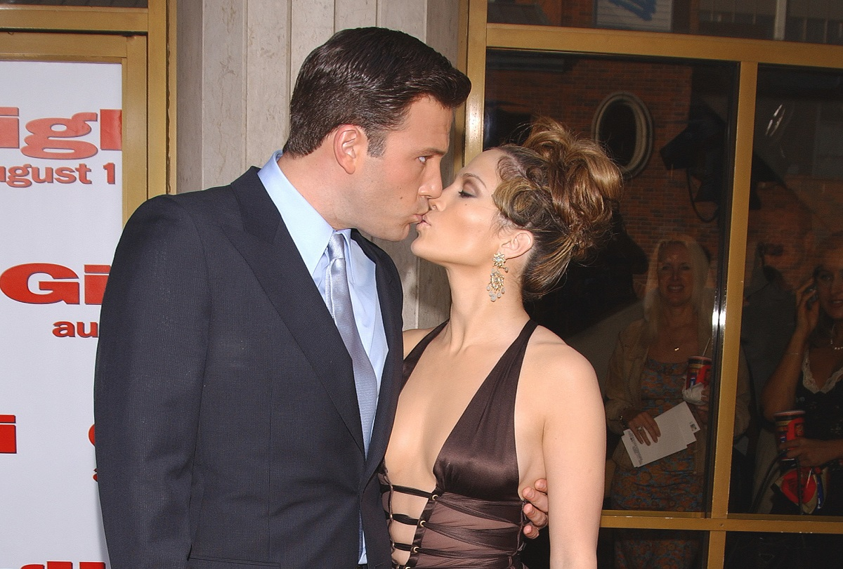 Ben Affleck and Jennifer Lopez arriving at the 2003 premiere of 'Gigli.'