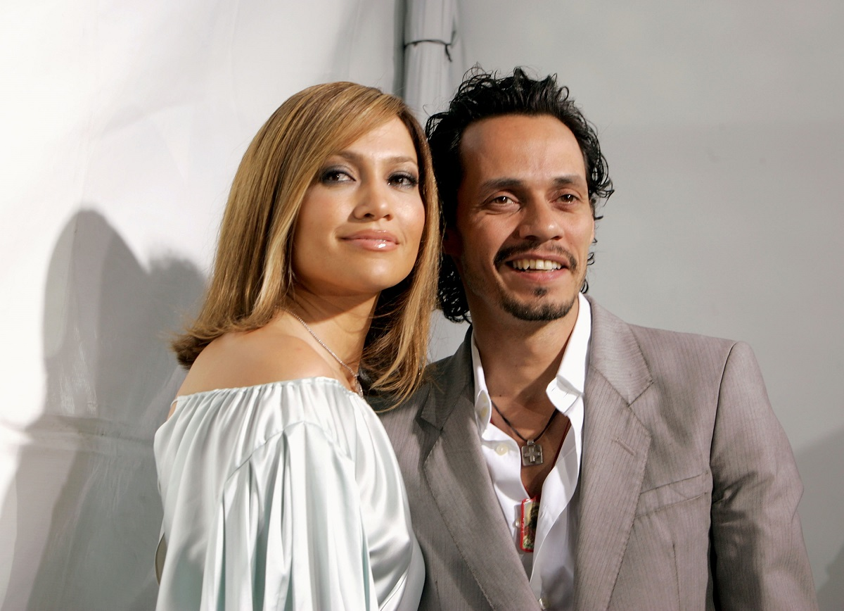 Jennifer Lopez (L) and Marc Anthony in 2005