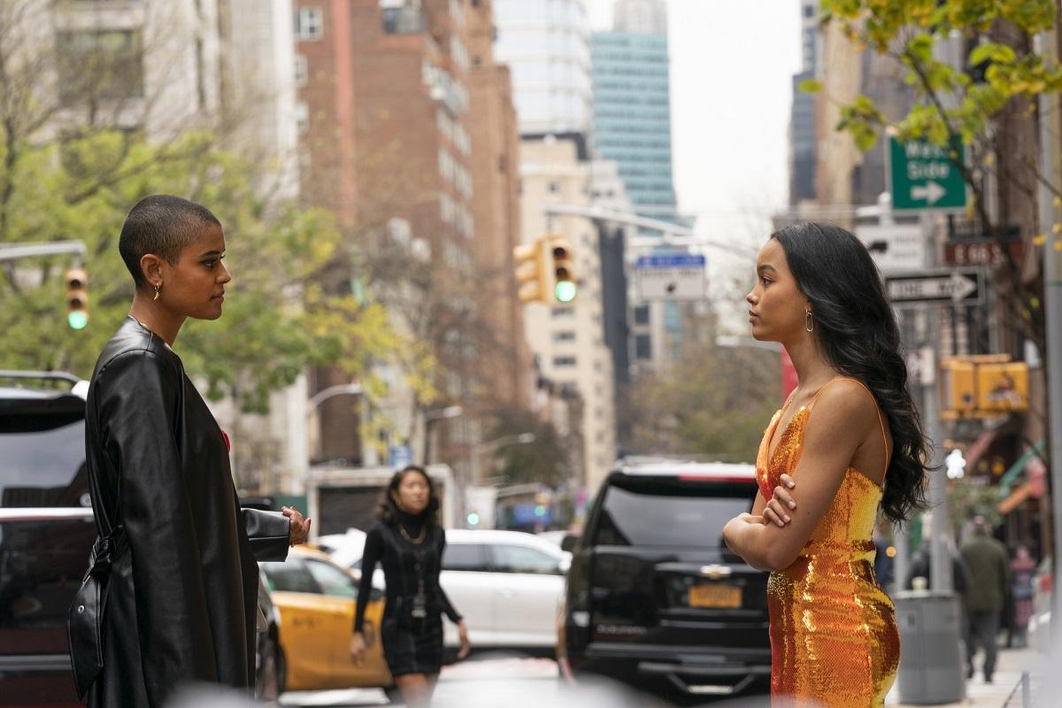 (L-R): Jordan Alexander (Julien) and Whitney Peak (Zoya) in 'Gossip Girl' Episode 1