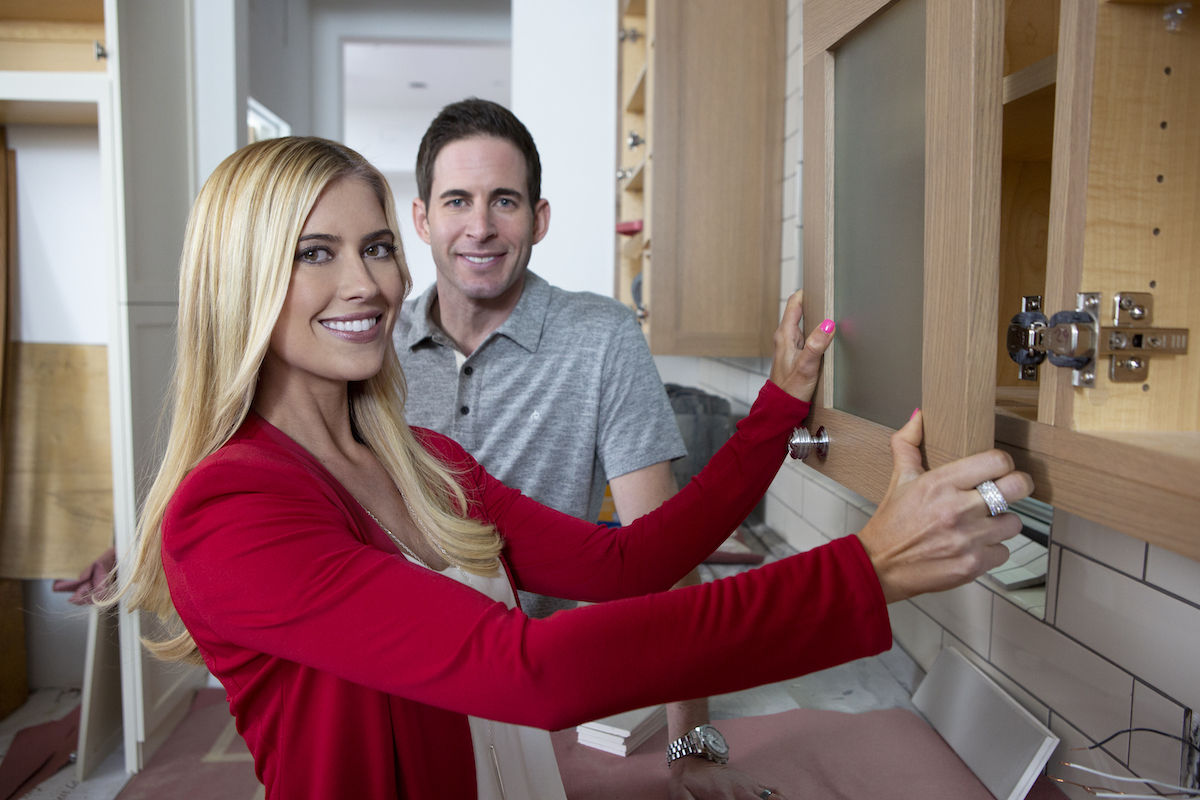 Tarek El Moussa and Christina Haack in a promo photo for 'Flip or Flop' in 2017