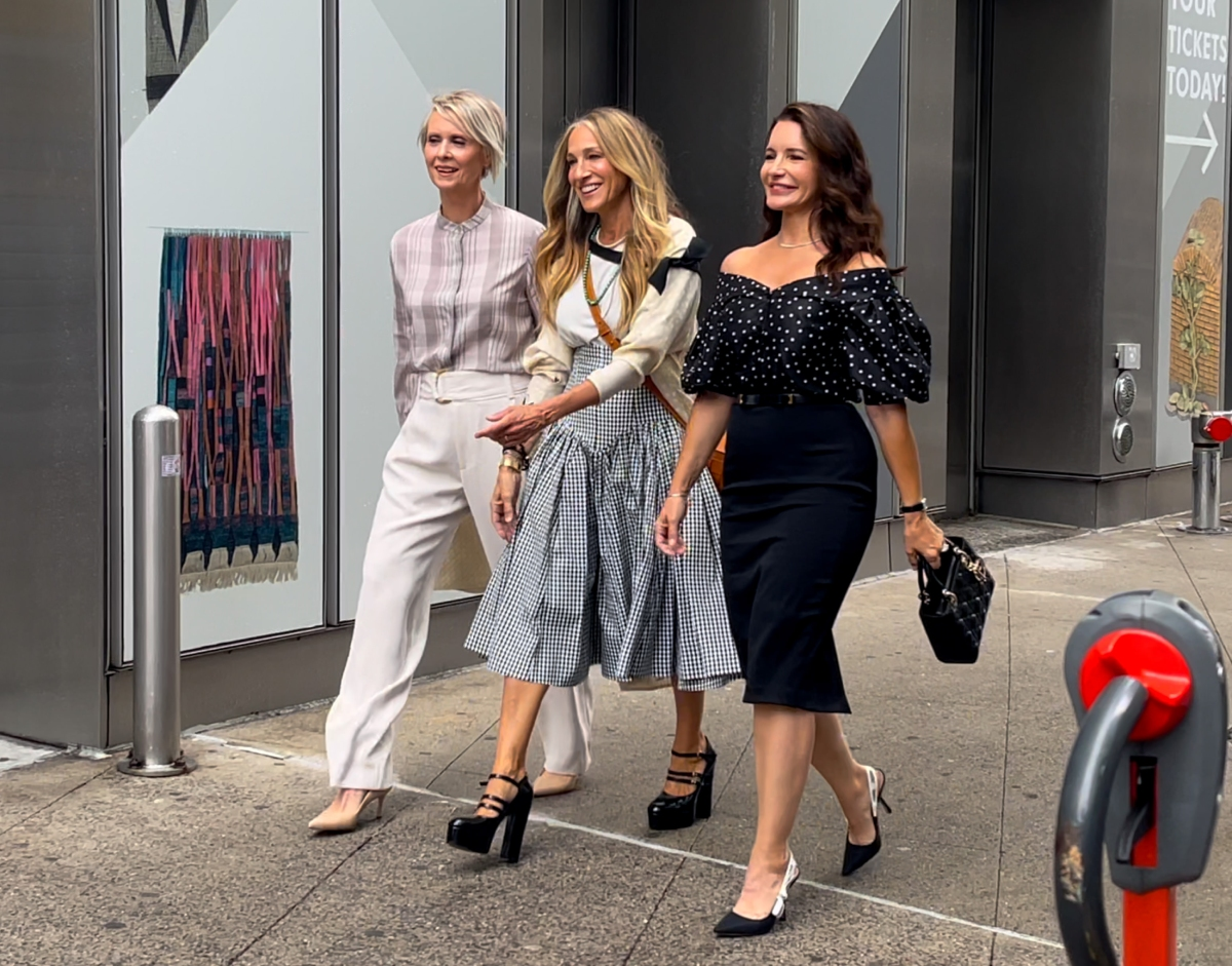 """'Sex and the City' stars Cynthia Nixon, Sarah Jessica Parker and Kristin Davis are seen on the set of """"And Just Like that"""" on July 09, 2021, in New York City"""
