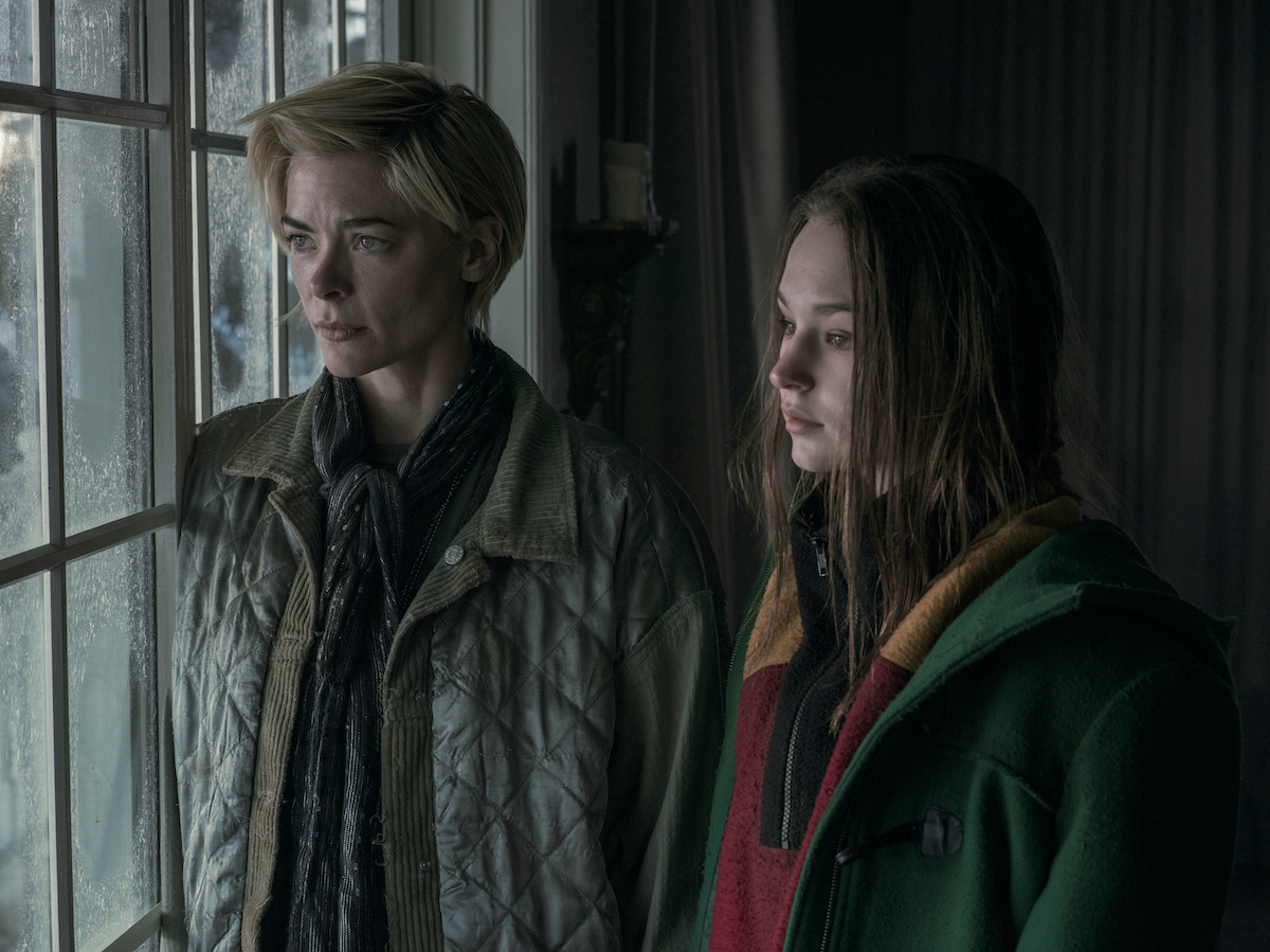 Jaime King as Rose and Zoe Marlett as Anna in Netflix's 'Black Summer'