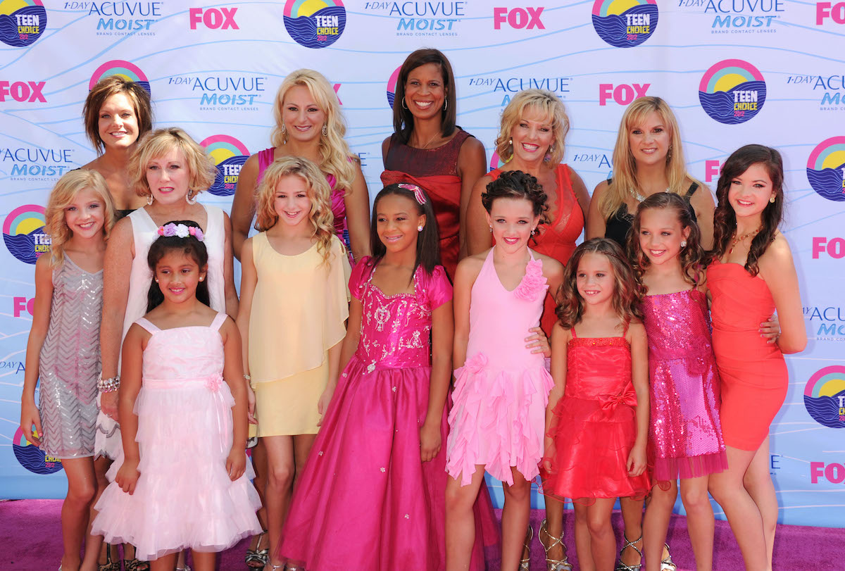 Dance Moms cast and Nia Sioux pose on the red carpet
