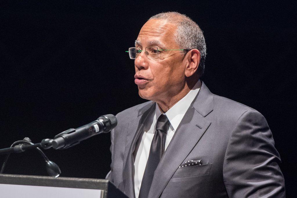 """The editor-in-chief of """"The New York Times"""", Dean Baquet, speaking during the awards ceremony of the Marion Donhoff Prize for International Understanding and Reconciliation in Hamburg, Germany, 03 December 2017."""