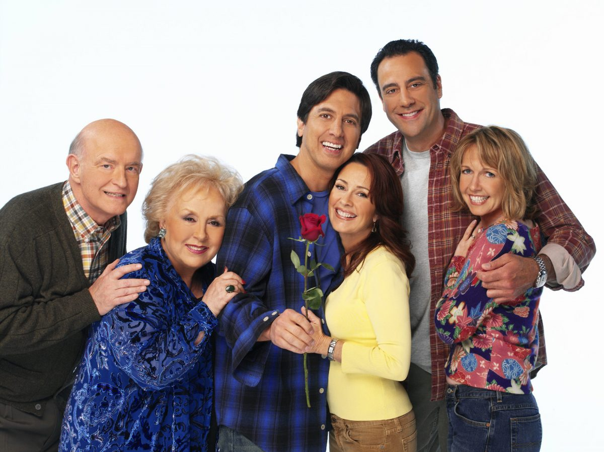 Peter Boyle, Doris Roberts, Ray Romano, Patricia Heaton, Brad Garrett, and Monica Horan pose for promotional photos ahead of the release of Everybody Loves Raymond episodes