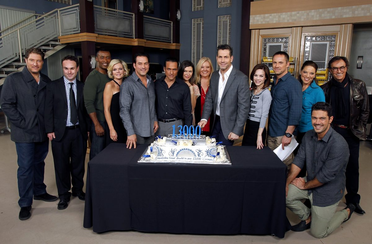 Which members of the General Hospital cast have the highest net worth?
