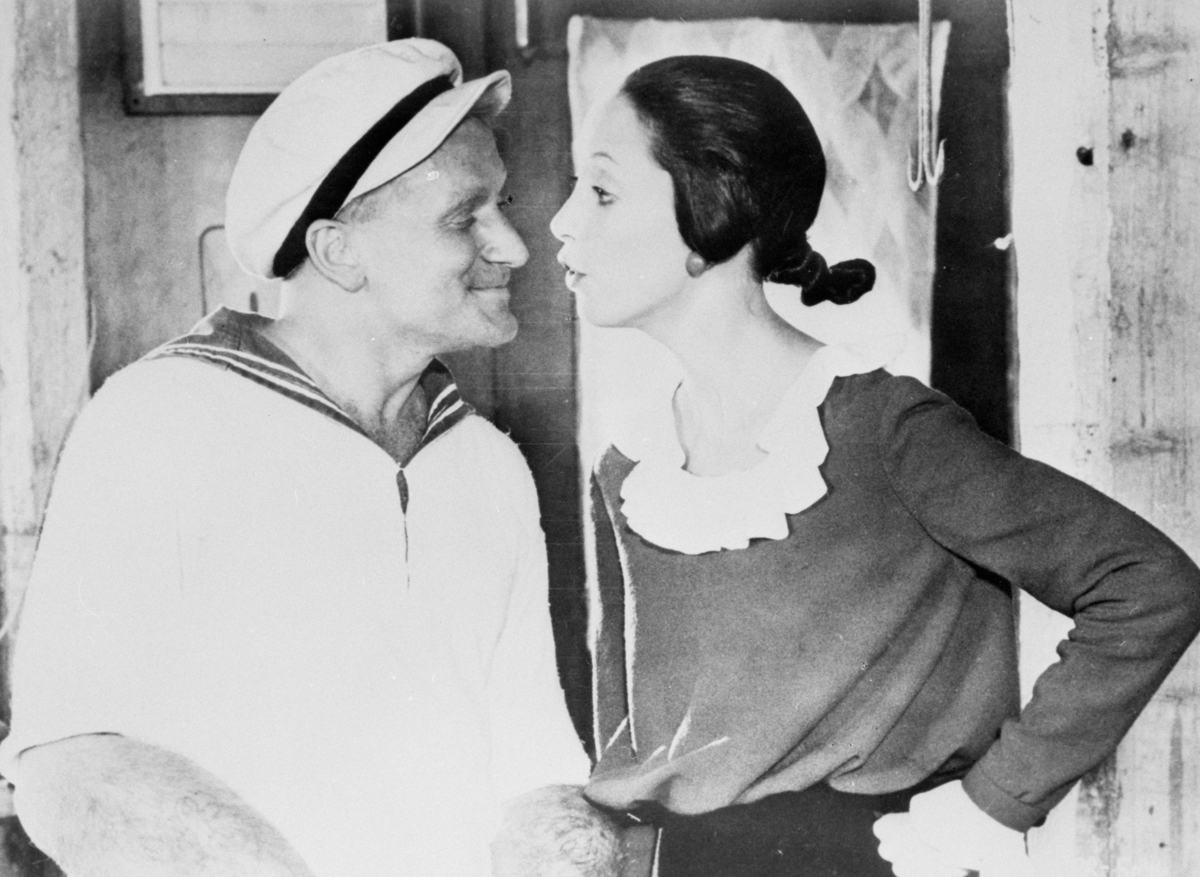 Robin Williams and Shelley Duvall in 'Popeye'