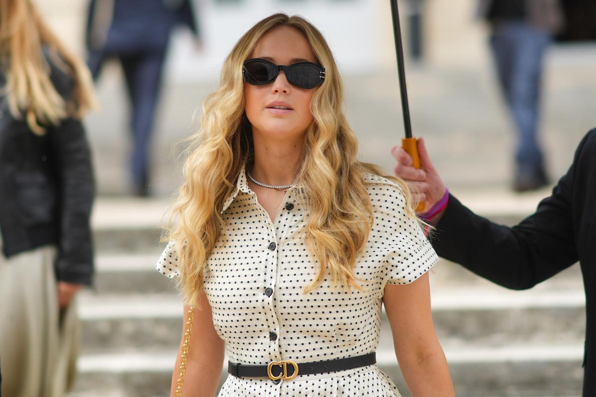 Jennifer Lawrence under an umbrella in Paris