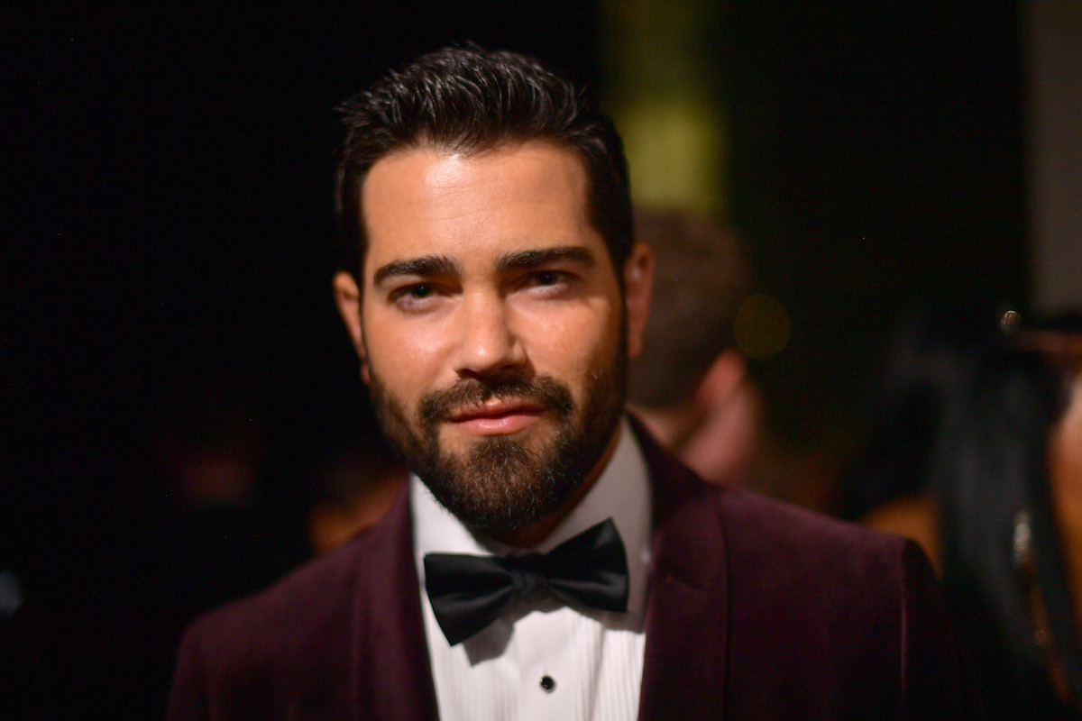 Jesse Metcalfe wearing a bow tie