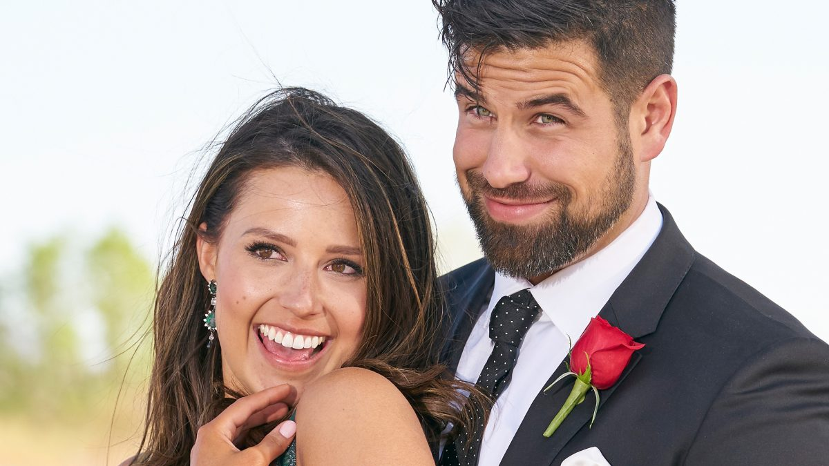 Katie Thurston and Blake Moynes pose together after getting engaged in 'The Bachelorette' 2021 finale