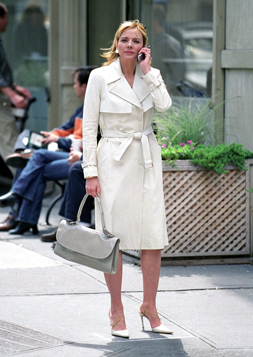 Kim Cattrall as Samantha Jones walks down 92nd street during the filming of 'Sex and the City: The Movie'