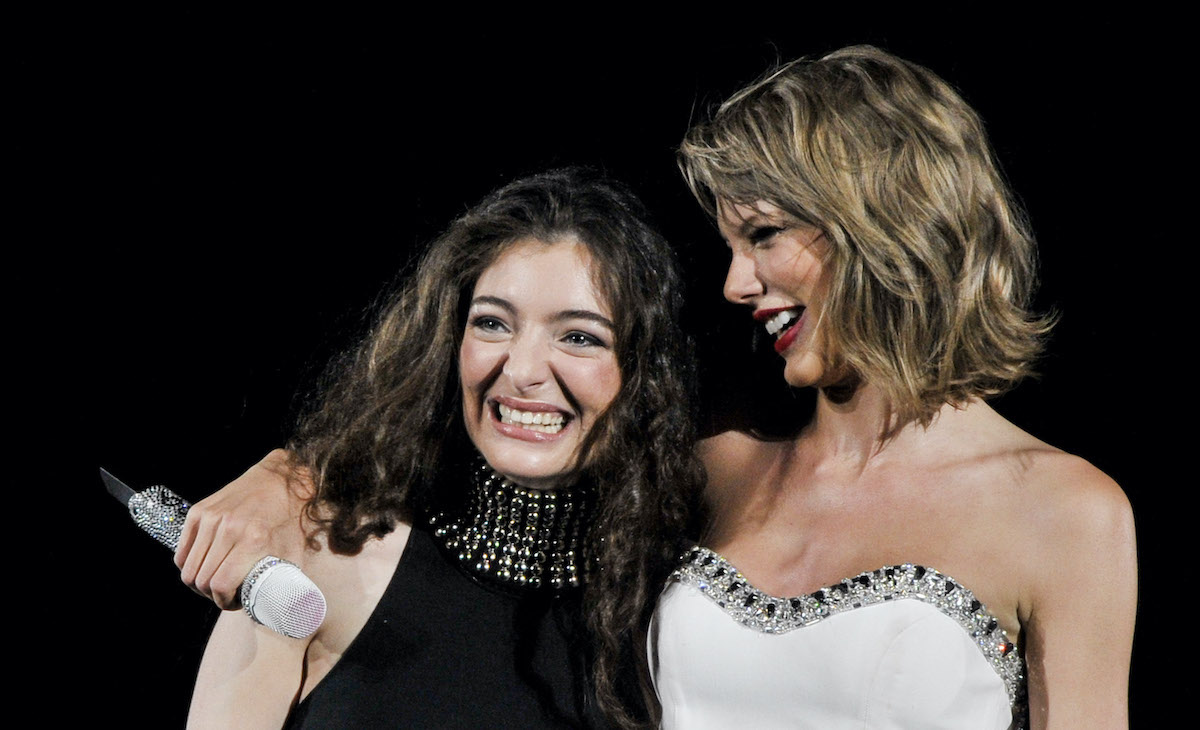 Lorde and Taylor Swift on stage at the 1989 World Tour