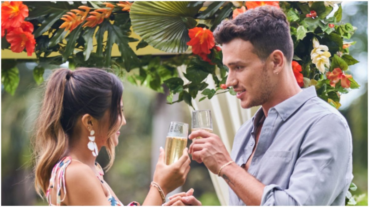 Kyra Lizama and Will Moncada on a date during 'Love Island' season 3 episode 24
