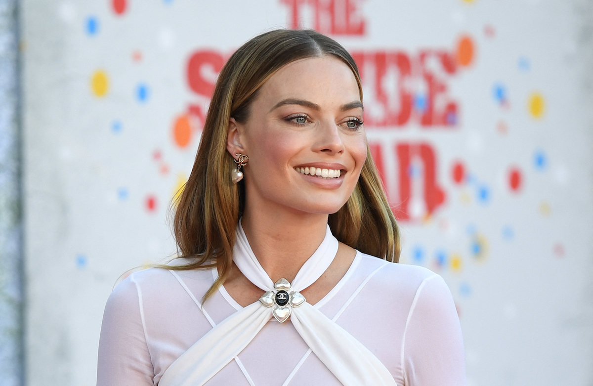 'The Wolf of Wall Street' alum Margot Robbie in a white Chanel outfit