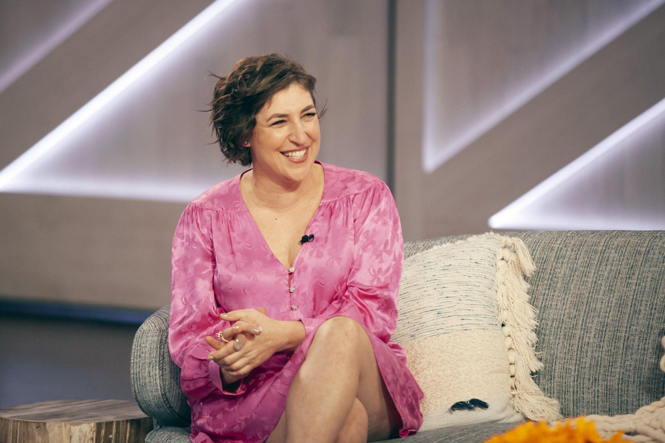 New 'Jeopardy!' co-host Mayim Bialik