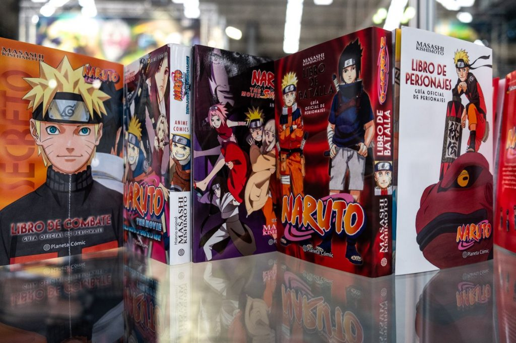 5 'Naruto' mangas lined up showing the covers.