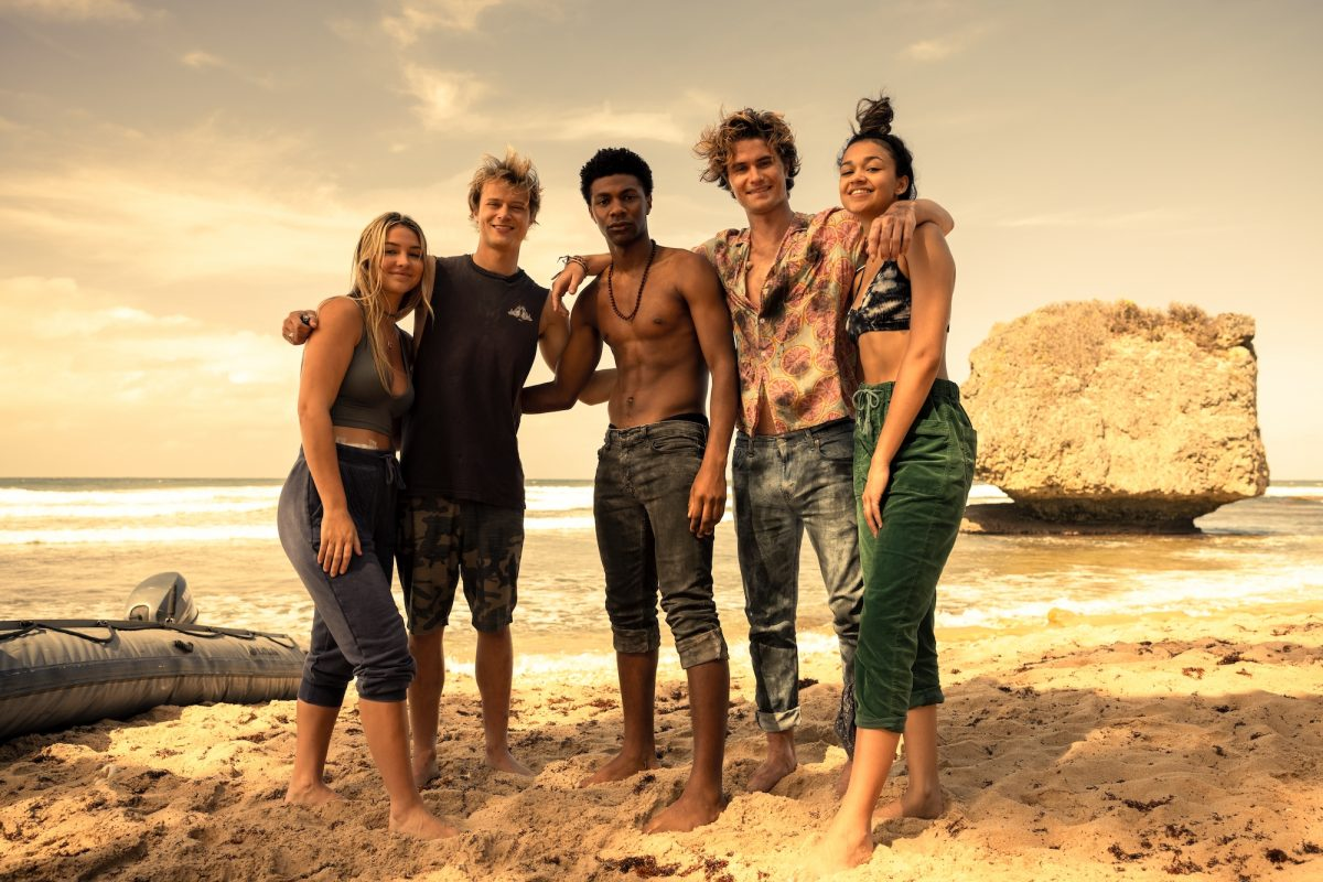 MADELYN CLINE as SARAH CAMERON, RUDY PANKOW as JJ, JONATHAN DAVISS as POPE, CHASE STOKES as JOHN B and MADISON BAILEY as KIARA in episode 210 of OUTER BANKS Season 2
