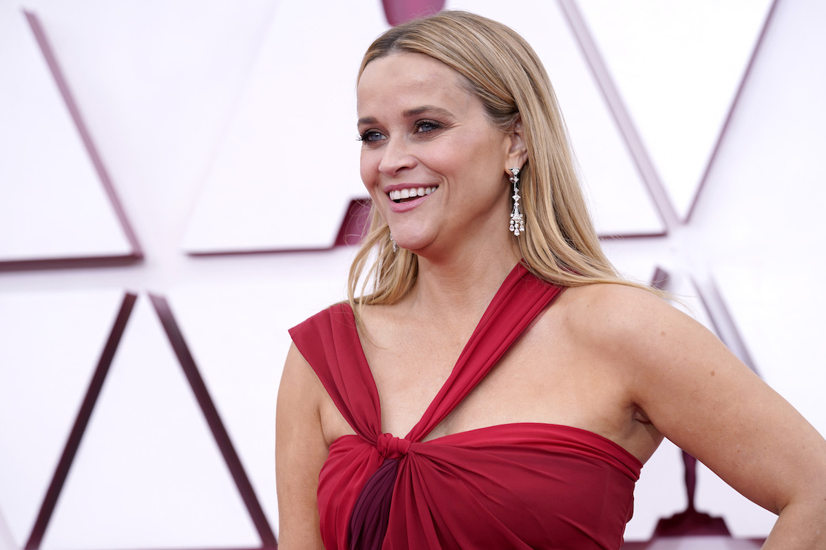 Reese Witherspoon in red dress