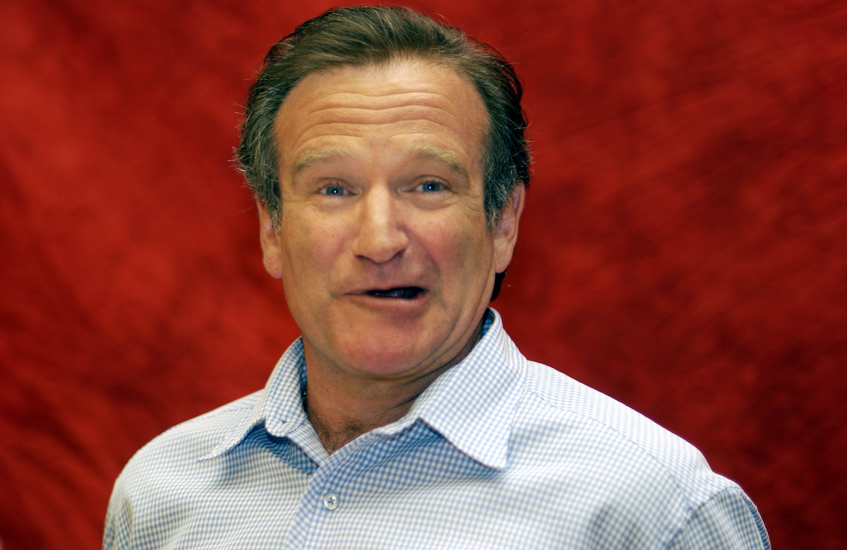 Robin Williams attends a 'One Hour Photo' press conference
