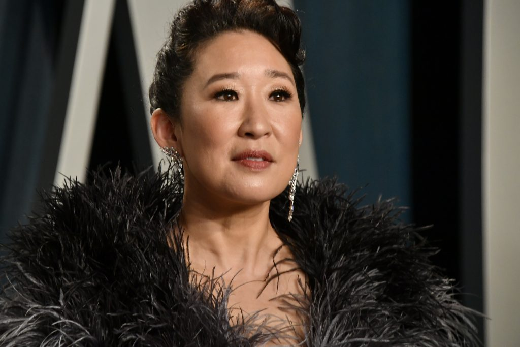 BEVERLY HILLS, CALIFORNIA - FEBRUARY 09: Sandra Oh attends the 2020 Vanity Fair Oscar Party hosted by Radhika Jones at Wallis Annenberg Center for the Performing Arts on February 09, 2020 in Beverly Hills, California.