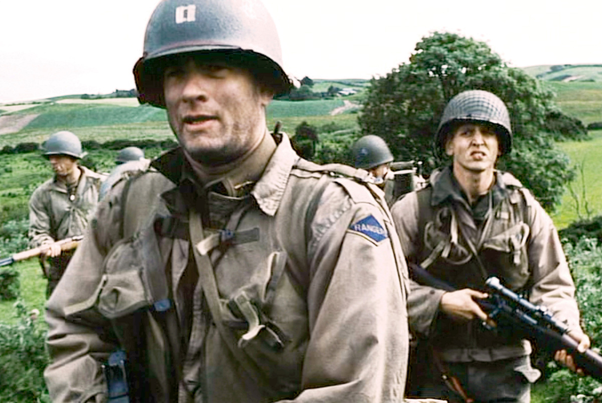 Tom Hanks (as Captain John Miller) and Barry Pepper (as Private Jackson) in 'Saving Private Ryan'