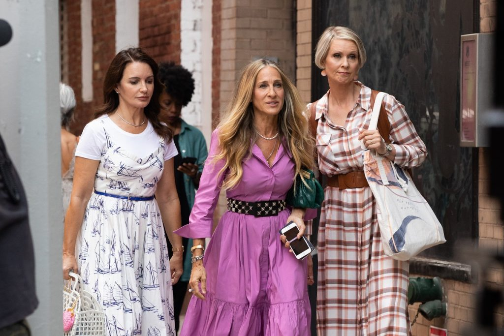 Actors Kristin Davis, Sarah Jessica Parker, and Cynthia Nixon photographed in New York City while filming 'And Just Like That...'