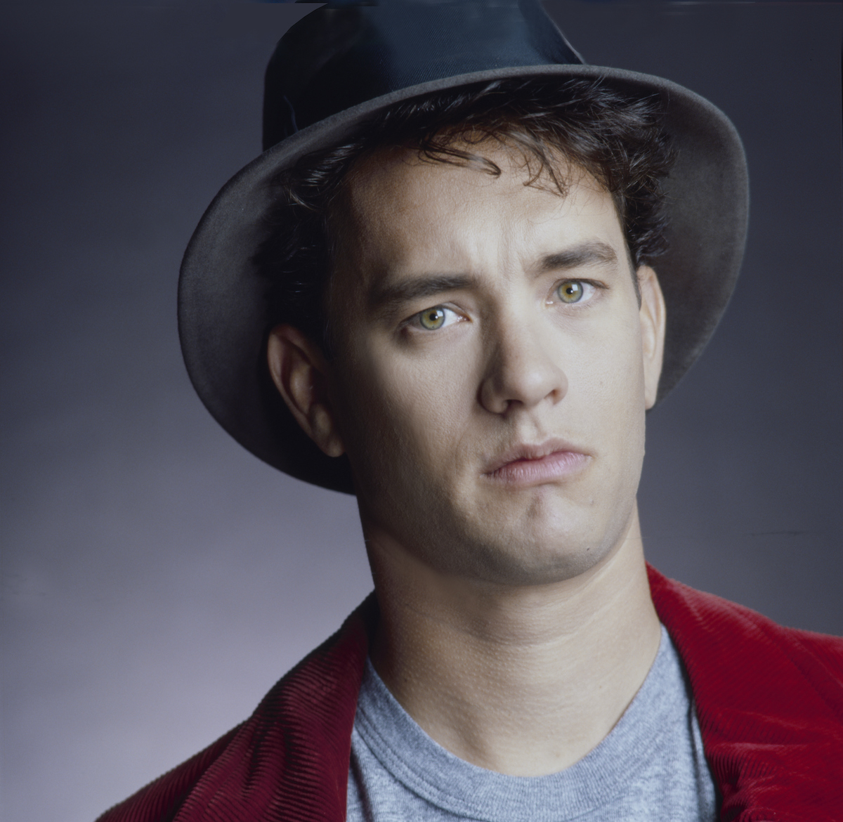 Tom Hanks wears a hot and poses in 1988