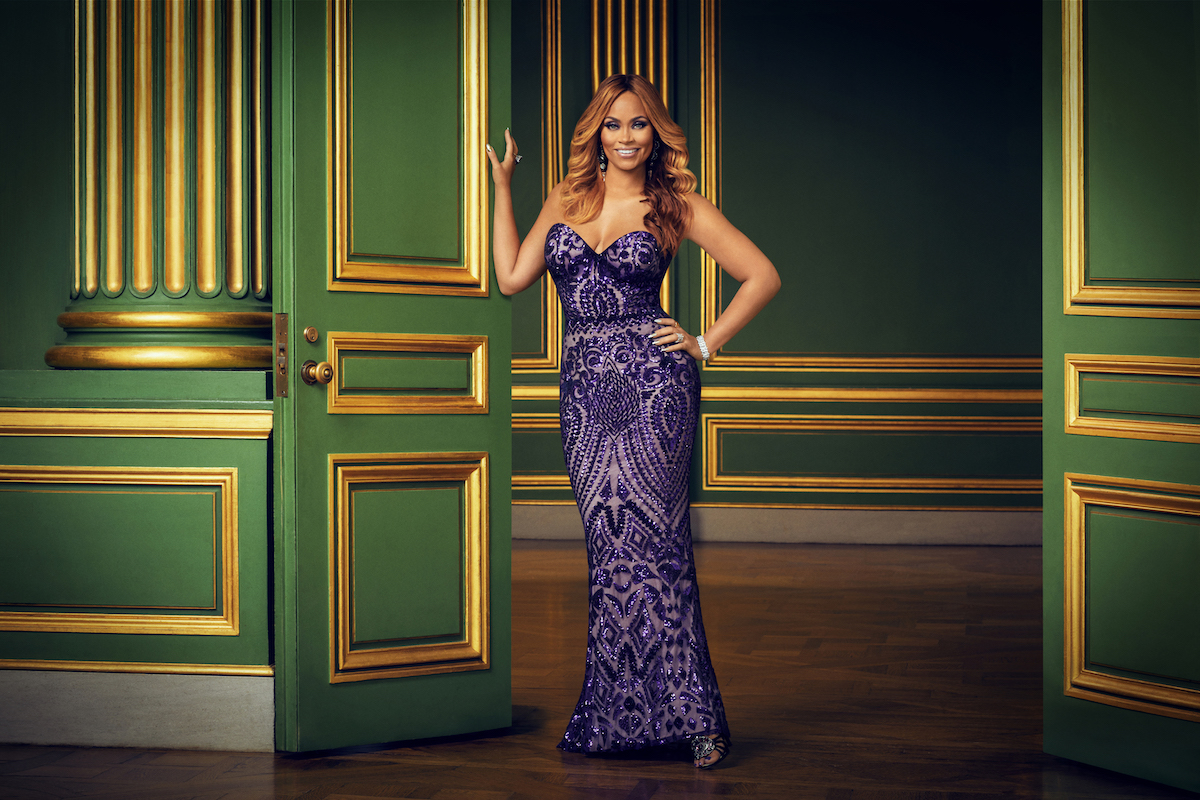 Gizelle Bryant smiling and posing for the 'RHOP' Season 5 official photo