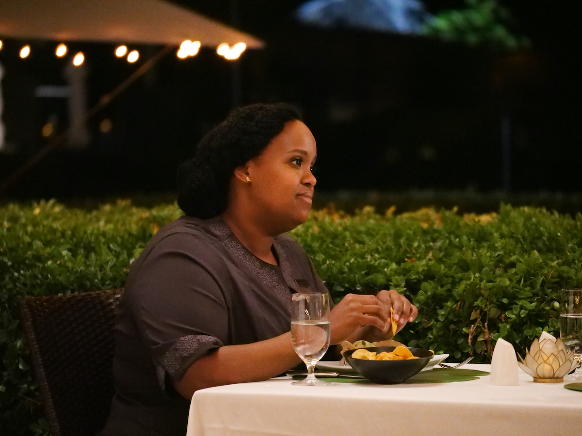 Natasha Rothwell as Belinda in 'The White Lotus' Season 1 Episode 2. Belinda's last scenes in 'The White Lotus' finale has fans confused, especially her scene with Rachel Patton.