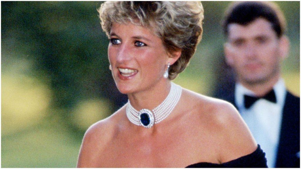 Princess Diana wears black revenge dress after Prince Charles admits adultery.