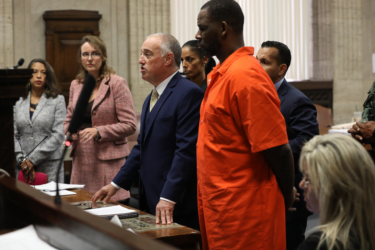 Singer R. Kelly appears standing beside his attorney, Steven Greenberg during a hearing at the Leighton Criminal Courthouse on September 17, 2019 in Chicago, Illinois. Kelly is facing multiple sexual assault charges and is being held without bail.